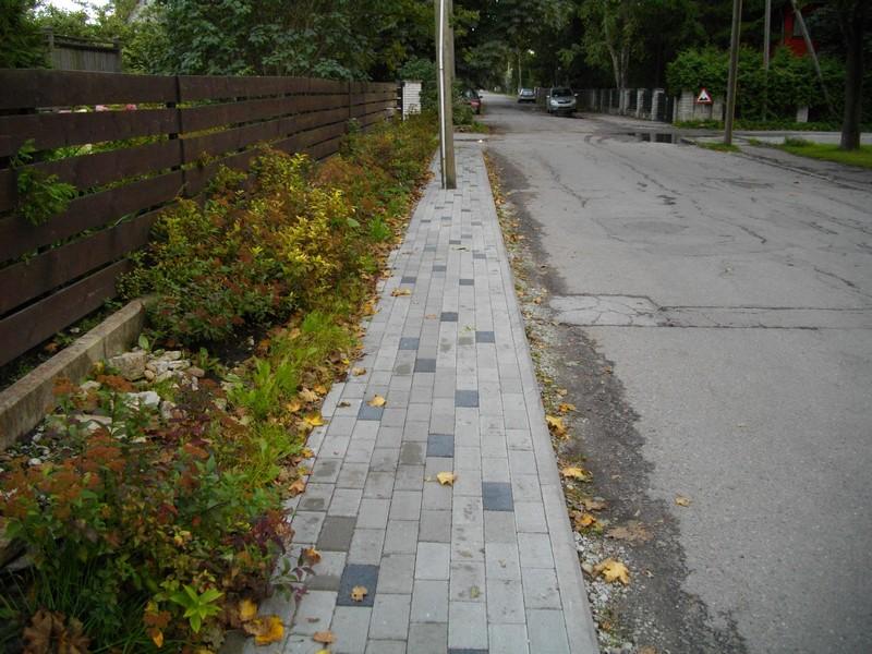 nunnakivist-kõnnitee